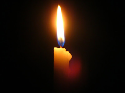 #asaole, Ett ensamt stearinljus